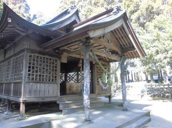 西都市 三宅神社 ご社殿4.JPG