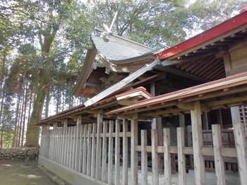西都市 調殿神社 ご本殿2.JPG