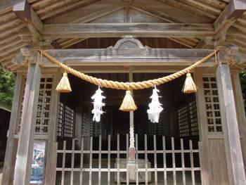 諸塚村6 諸塚神社 ご拝殿.jpg