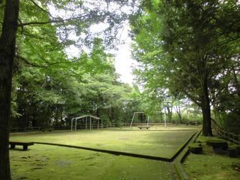 都城市15 挟野神社 神社後方公園.jpg