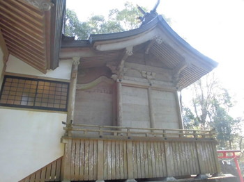 都城市横市町 母智丘神社ご本殿.JPG
