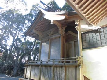 都城市横市町 母智丘神社ご本殿2.JPG
