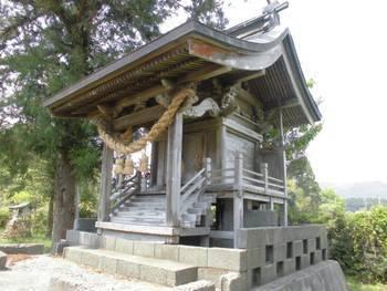 都農町4 三日月神社 ご本殿2.jpg