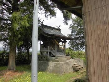 都農町5 三日月神社 ご本殿.jpg
