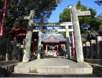 門川町2 尾末神社 正面鳥2.jpg