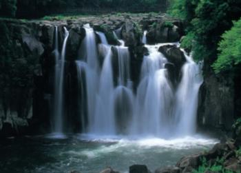 関之尾滝 1.PNG