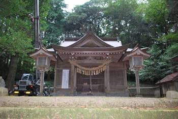 高千穂町7 落立神社(おちだちじんじゃ)ご社殿.jpg