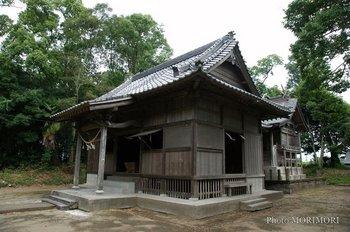高屋神社2.jpg