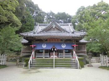 高鍋町9 舞鶴神社 正面ご社殿2.jpg